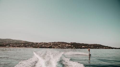 Ski nautique à Porticcio
